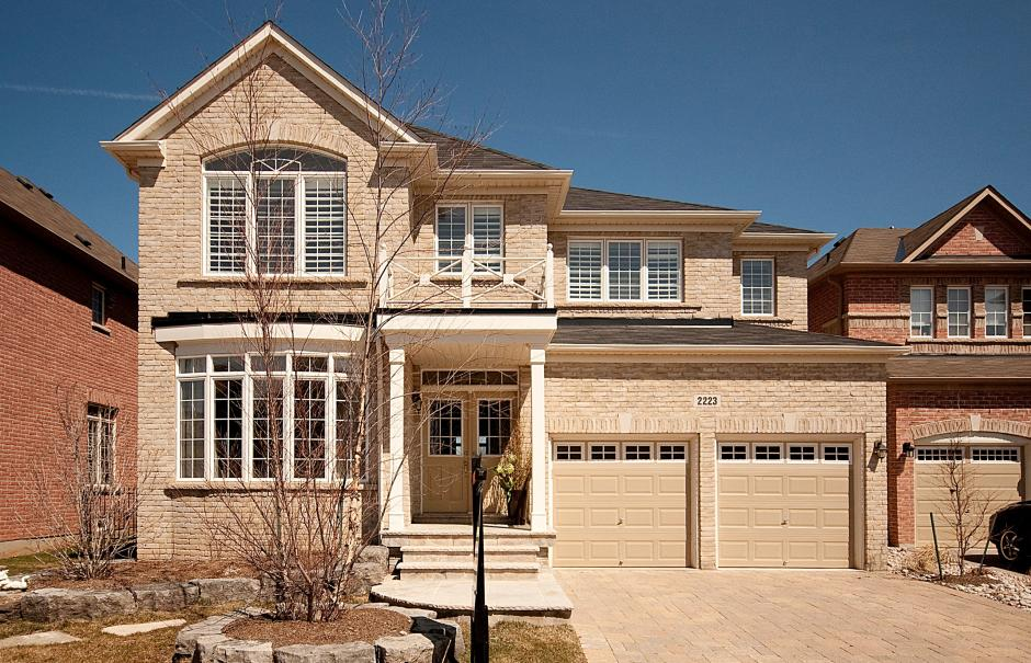 2223 Wuthering Heights Way